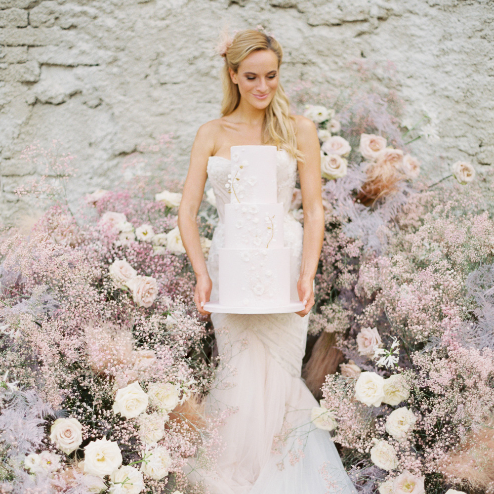 romantic wedding inspiration at Mitrowicz castle